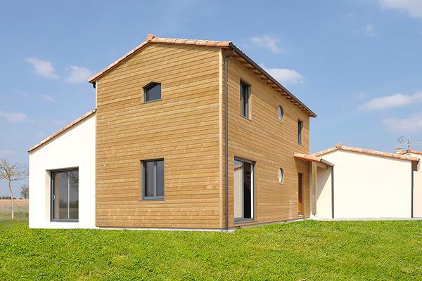 Maison mixte à MauzéLe Mignon (79)  Delrieu
