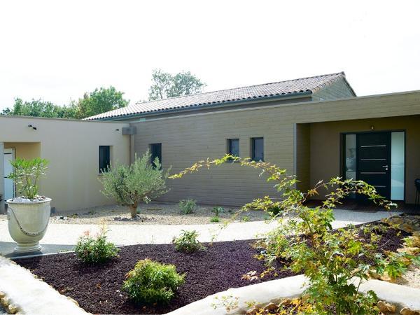 Villa en bois niort deux s vres 79 nos r alisations delrieu for Construction bois 35