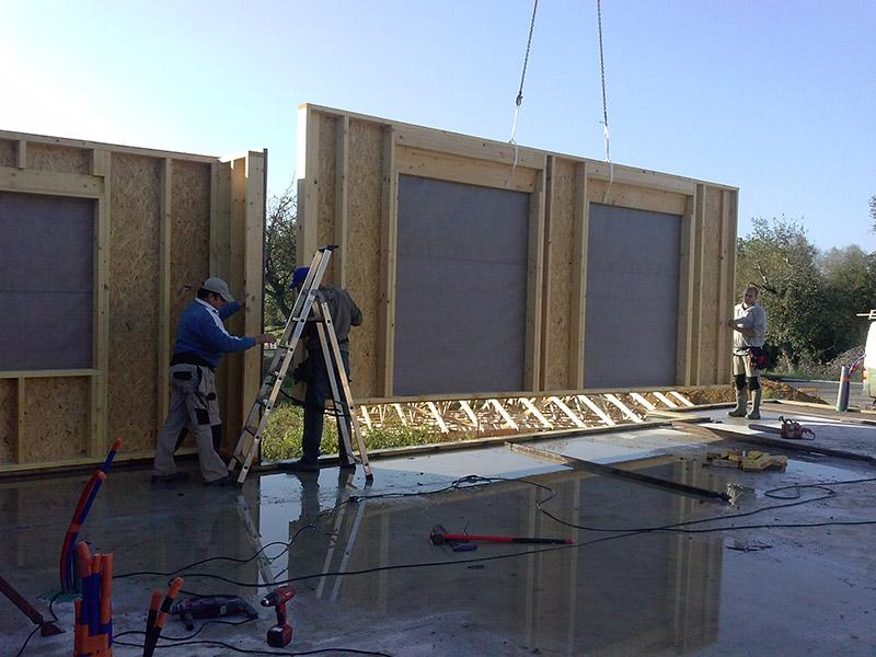 Notre atelier de fabrication de maisons delrieu construction bois for Fabrication ossature bois maison